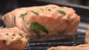 Bake garlic herb salmon recipe