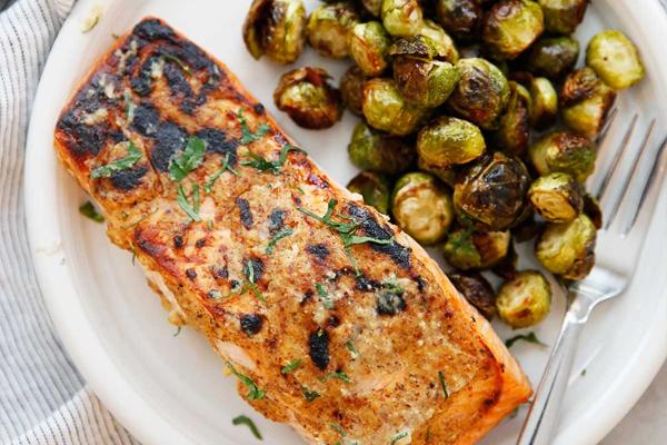 dijon mustard and garlic grilled salmon recipe